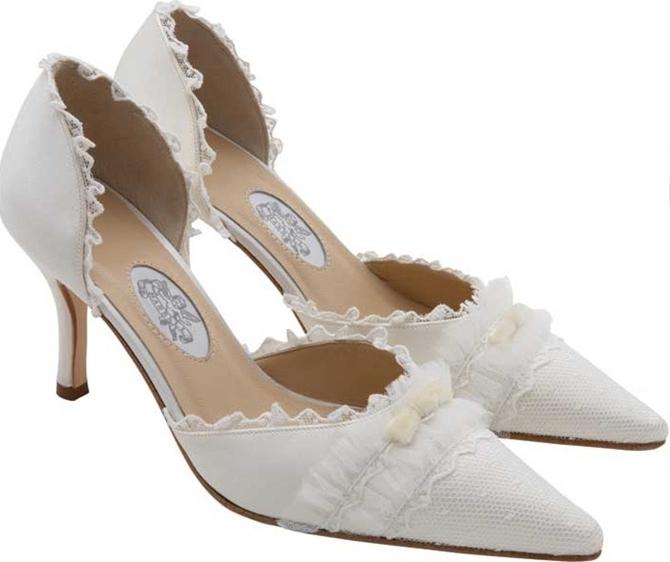 manolo 9 Poznate svadbene cipele dizajnera Manola Blanika