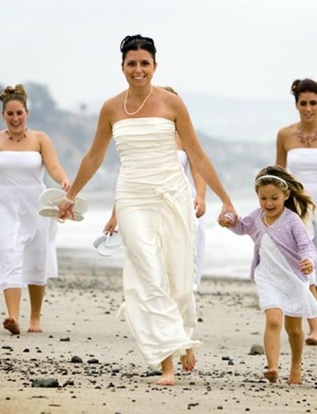 18 haljina za venčanje na plaži