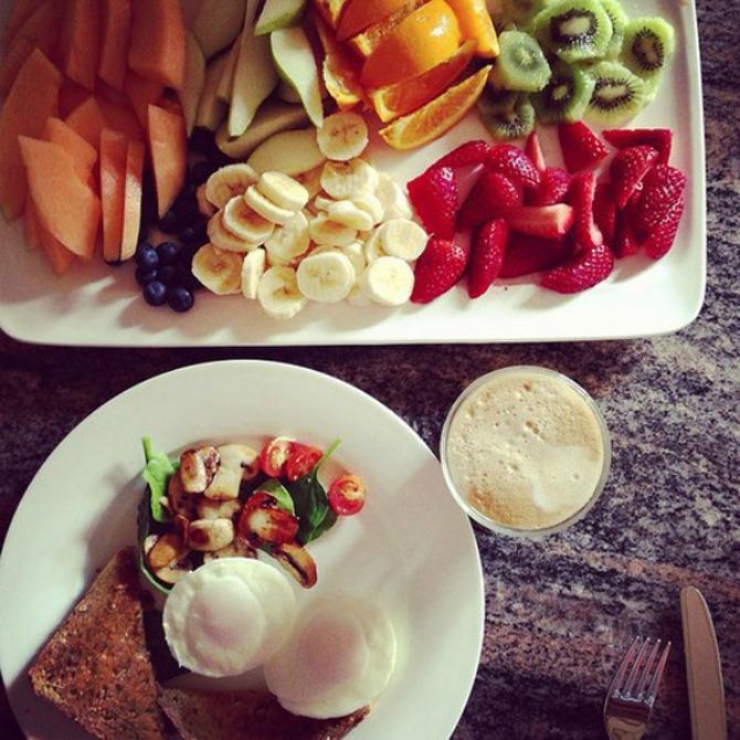 Tanjir sa zdravom hranom Vitko telo za mesec dana