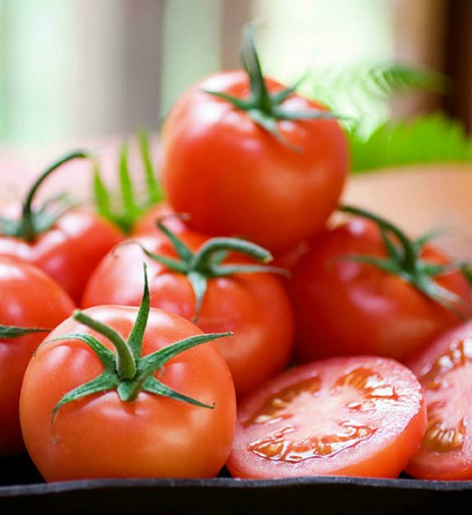 paradajz 30 najefikasnijih namirnica koje pročišćavaju kožu (3.deo)