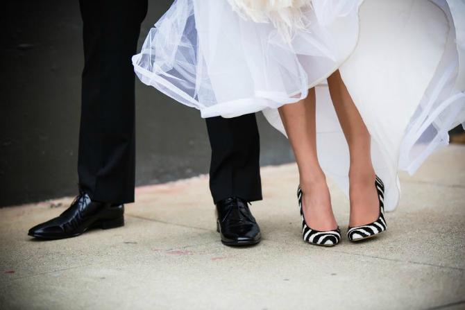 Zebraste Cipele za mladu u jarkim bojama