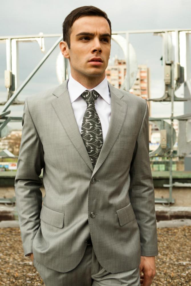 mia12 Moda za muškarce: Sivo odelo iz kolekcije Mirjane Vujčić