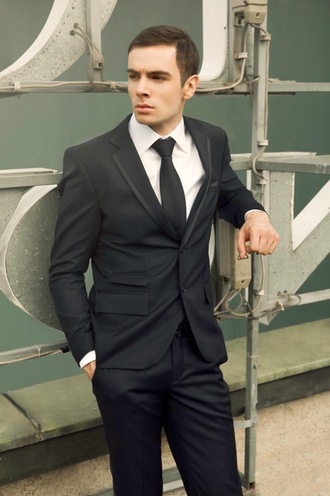 mia21 Moda za muškarce: Crno odelo kreatorke Mirjane Vujčić