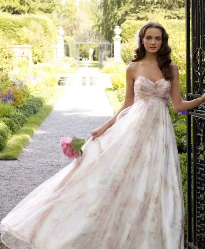 slika314.jpg14 Sofisticirane venčanice pastelnih boja