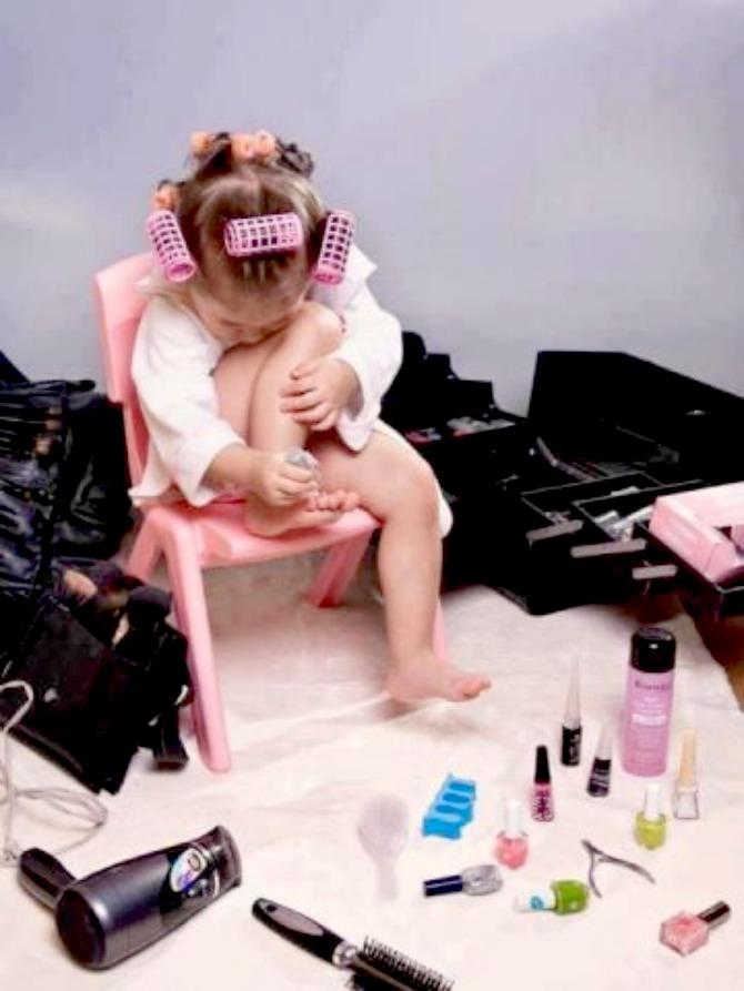 slika410.jpg10 Mame, naučite svoje devojčice da budu damice (1. deo)