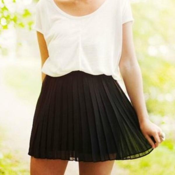 Plisirana Wannabe Magazine: Suknje kojima nećete moći da odolite ovog leta (1. deo)