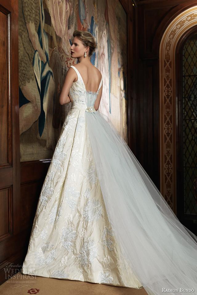 raimon bundo 2014 bridal ivo sleeveless ball gown pale blue embroidery back train Venčanica dana: Glamurozna haljina