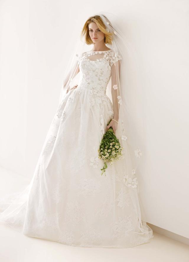 97205 Venčanica dana: Cvetna haljina