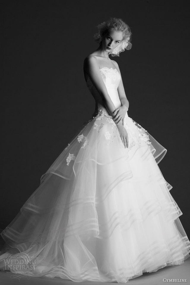 cymbeline wedding dresses 2014 hope strapless ball gown horsehair skirt tiers Venčanica dana: Cymbeline