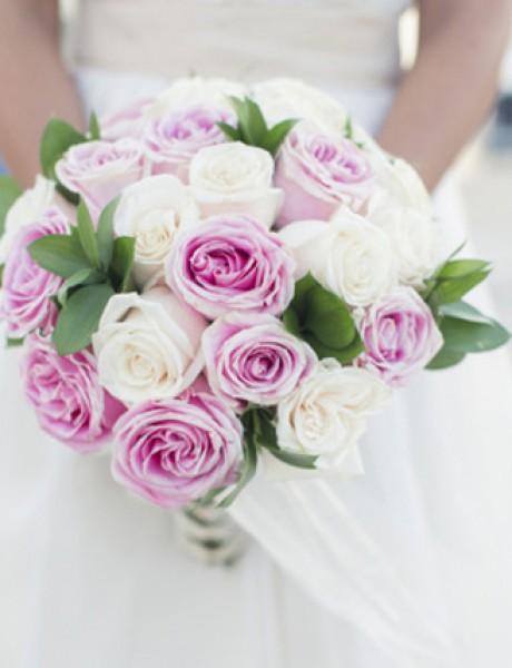 Buket dana: Neodoljive ruže
