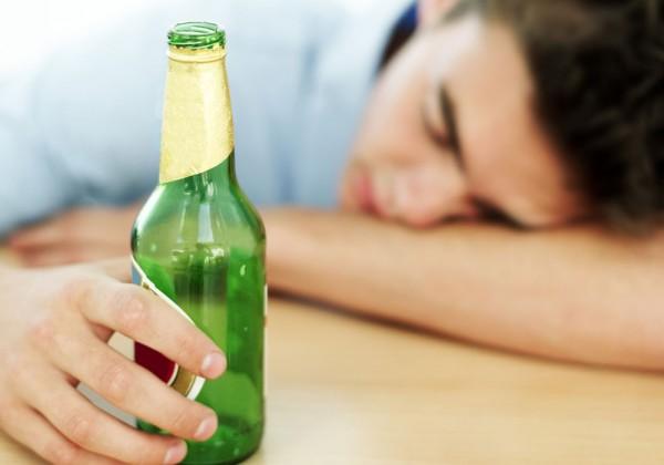 drunk teen 600x420 Kad vam dete dođe pijano