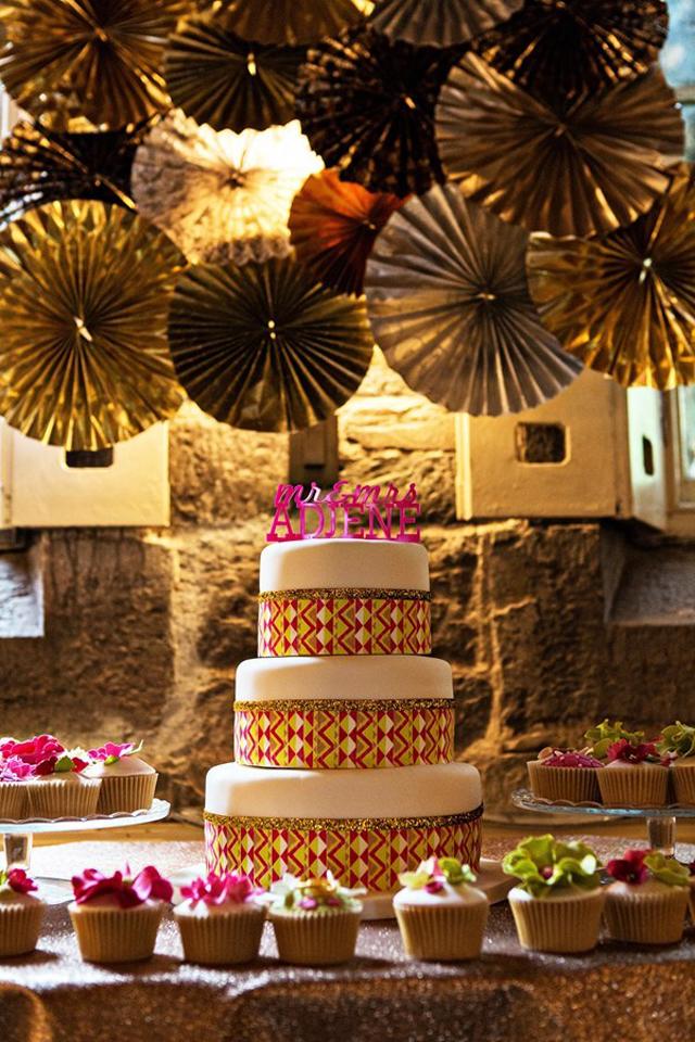 110041 Glamurozne svadbene torte