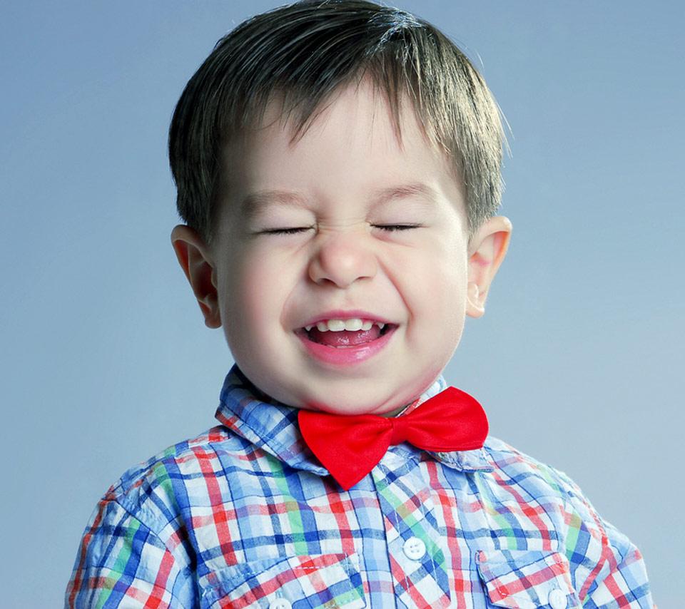 Happy Kid Treba li deci sve da pružimo?