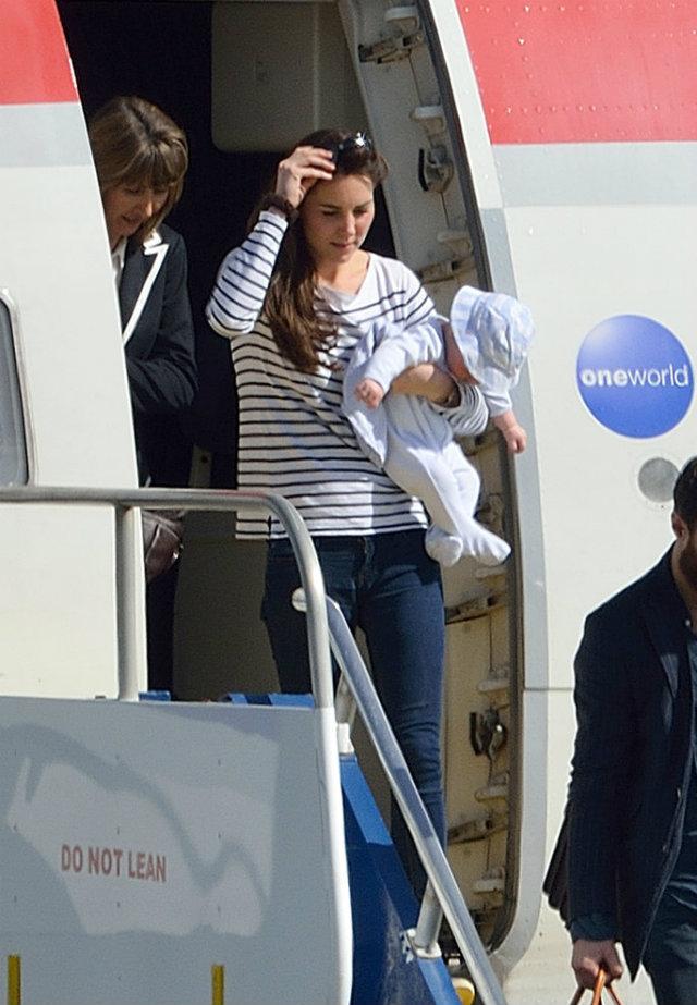 Pictures Prince George His First Vacation 1 Princ Džordž na prvom porodičnom putovanju