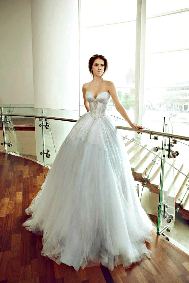 166 Venčanica dana: Velika haljina za veliki životni korak