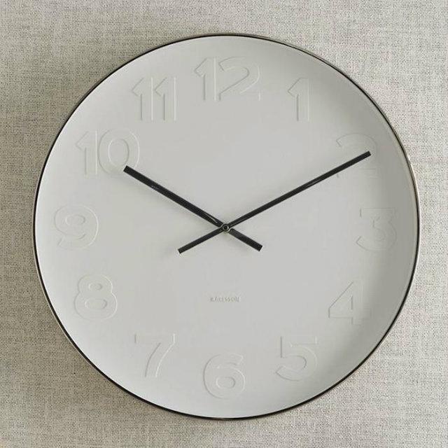 700 west elm wall clock classic silver design Sat u kuhinji ulepšaće vam prostor
