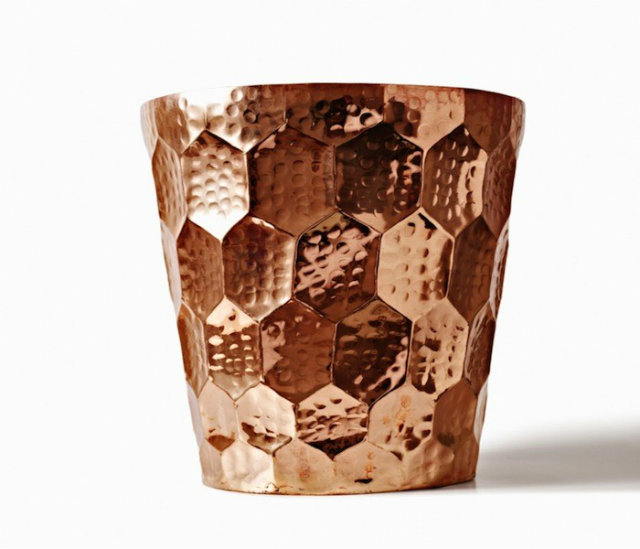 Tom Dixon Hex Champagne Bucket Remodelista Ohladite šampanjac sa stilom