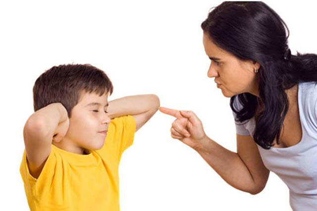 feb16 parents1 Zašto vikanje pali kod dece?