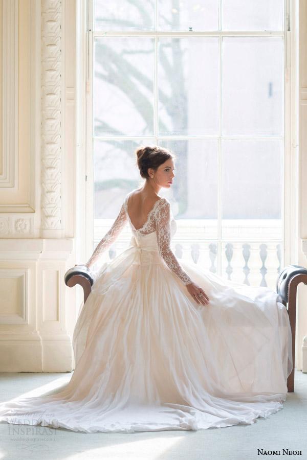 naomi neoh bridal 2014 fleur wedding dress long sleeve back view Venčanica dana: Čipka i mašna