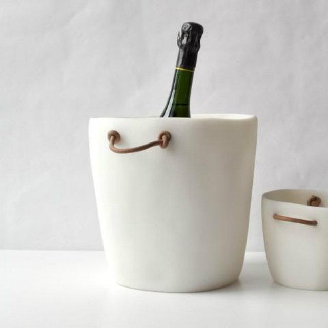 tina frey champagne bucket white Ohladite šampanjac sa stilom