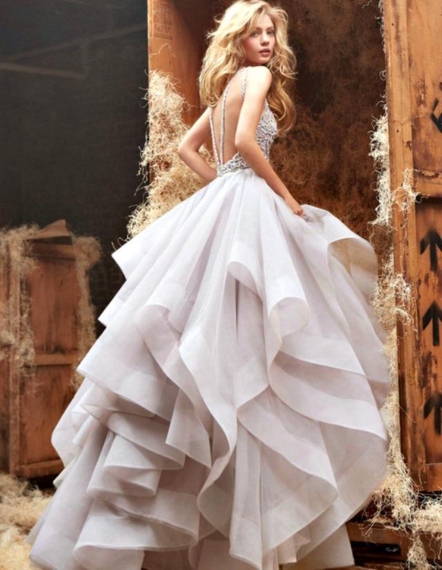 152 Venčanica dana: Haljina koja je fashion, yes, yes!