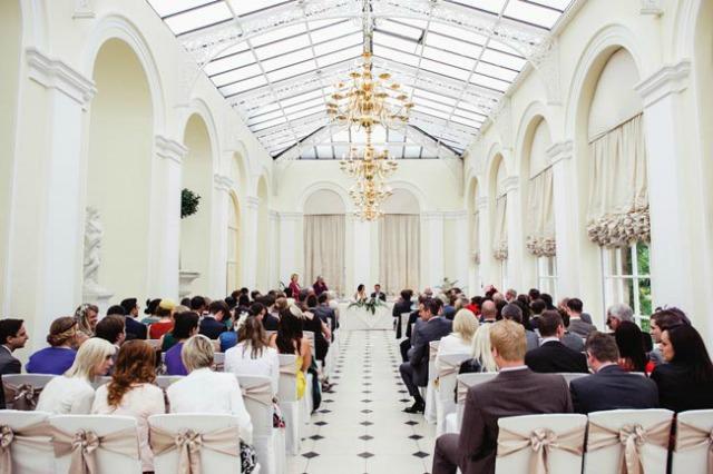 215 Malo po malo i venčanje je organizovano!