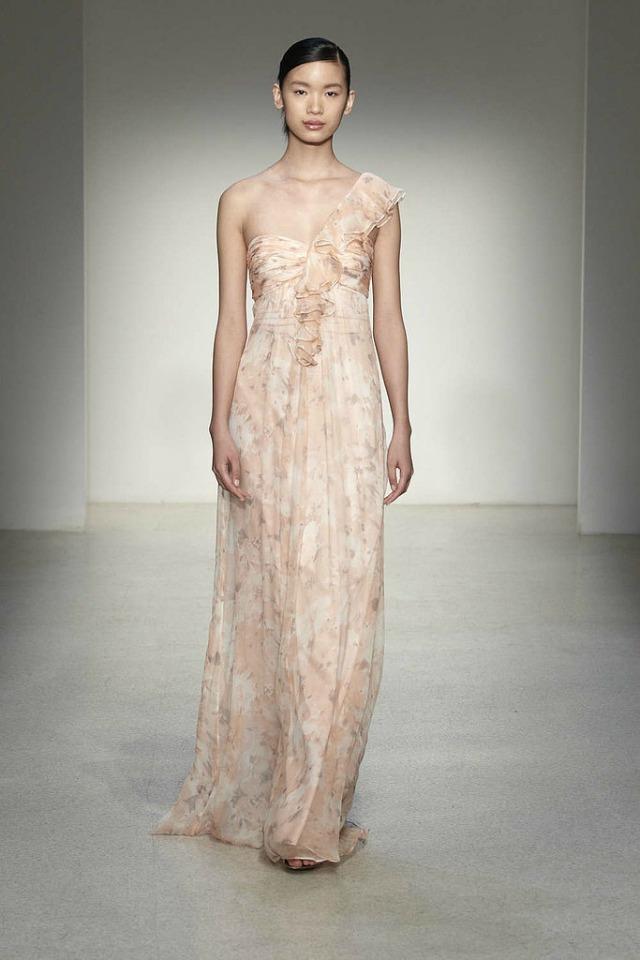 317 Kume biraju: Elegantne i glamurozne haljine