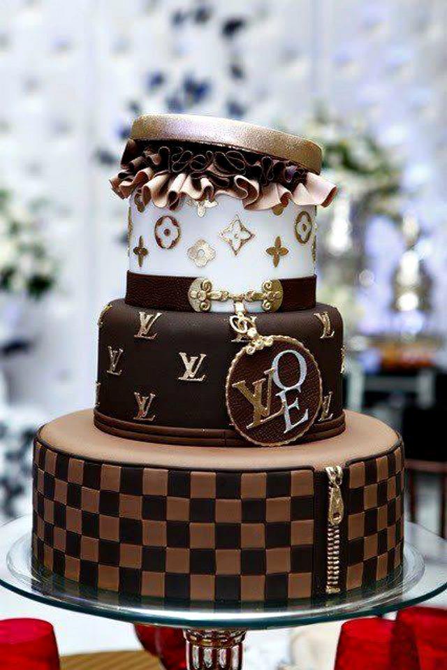 Louis Vuitton torta Trendi venčanje: Moda se jede