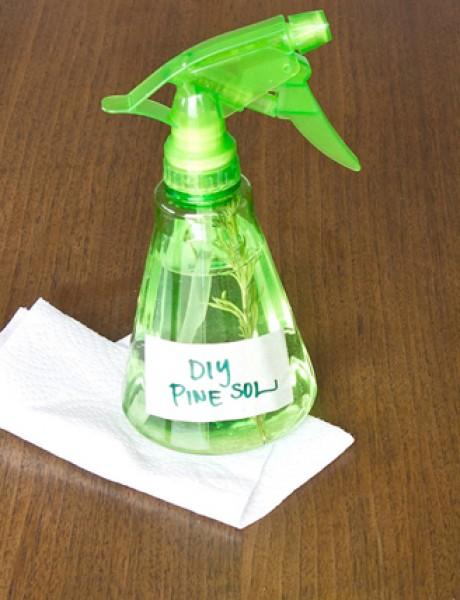 Napravite sami: Sredstvo za čišćenje sa mirisom borovine