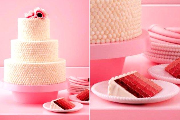 embedded Coconut Red Velvet wedding Cake Mladenačke torte za ovo proleće