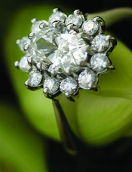 Sve što treba da znate pri kupovini vereničkog prstena