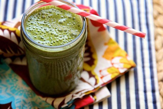 green smoothie Smuti Smoothie: Zelena bomba