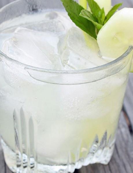 Mint džin kolins: Pravi koktel za vikend