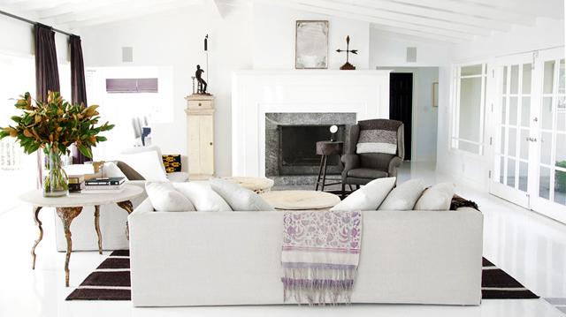 newmain Klasični enterijeri: Svetla i bela dnevna soba
