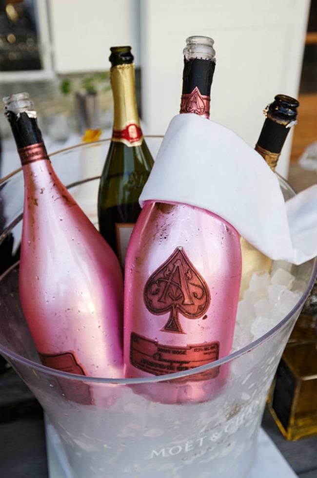 240 Rosé vino za divan početak braka