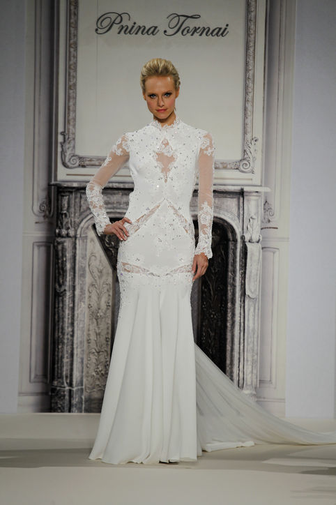 7 wedding dresses inspired by kim kardashian kanye kimye wedding 0525 h724 Haljine inspirisane venčanicom Kim Kardašijan