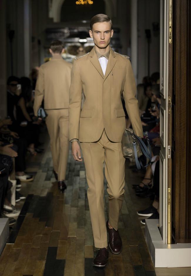 715 Rešenje za mladoženje je... italijanska moda!