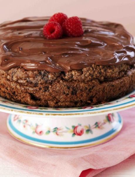 Zasladi dan: Čokoladna torta sa malinama