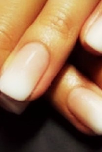 Manikir za venčanje: Ombre na noktima