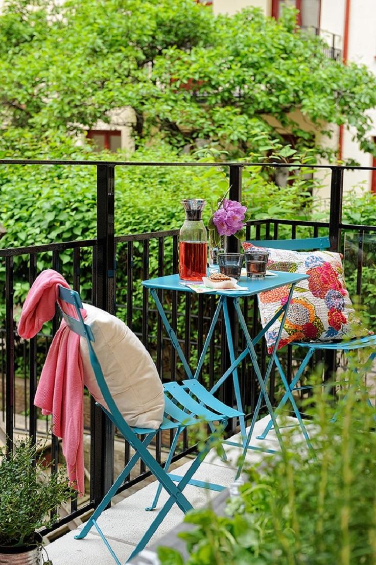 Romantic Balcony Efektna dekoracija: Mala terasa, ali veliko uživanje