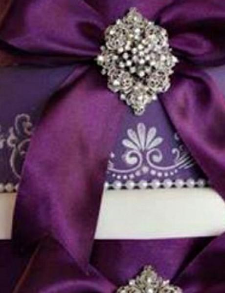 Trendi venčanje: Torta sa kristalima