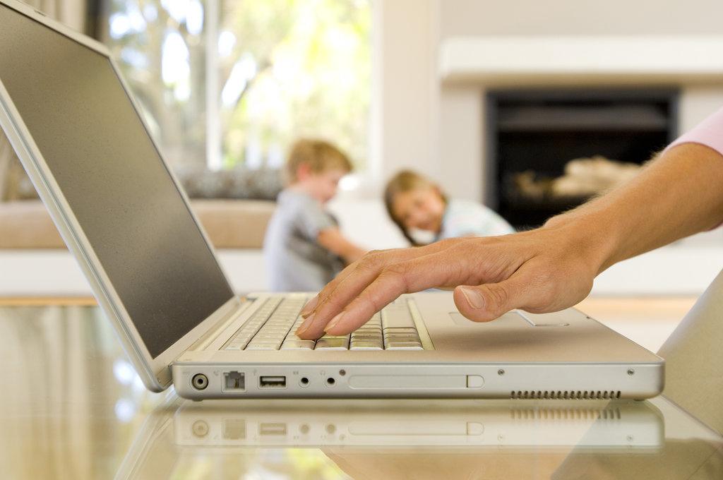 Your Tech Addiction Dobar roditelj: Rešite se ovih navika