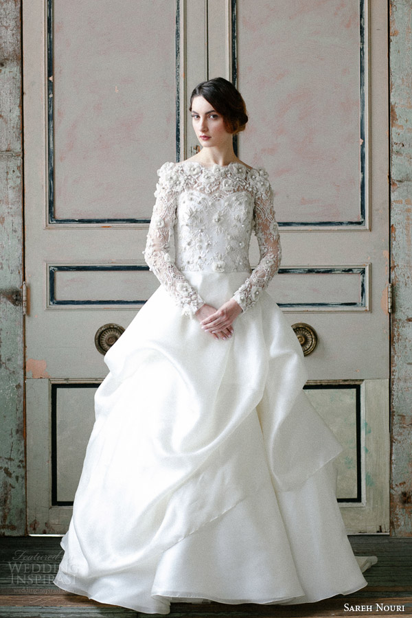 sareh nouri spring 2015 off shoulder long sleeve wedding dress asi Modna inspiracija: Venčanica inspirisana prolećem