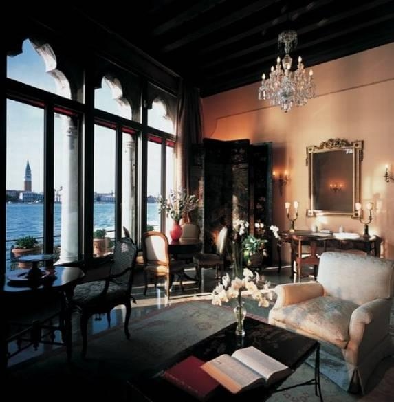 Cipriani+Dogaressa+Suite Put pod noge: Luksuzne destinacije za medeni mesec