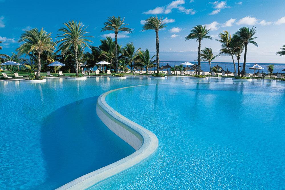 Lux Belle Mare Mauritus Pool 3 Put pod noge: Raj je na Mauricijusu