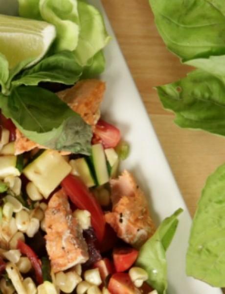 Salata sa sosom i lososom