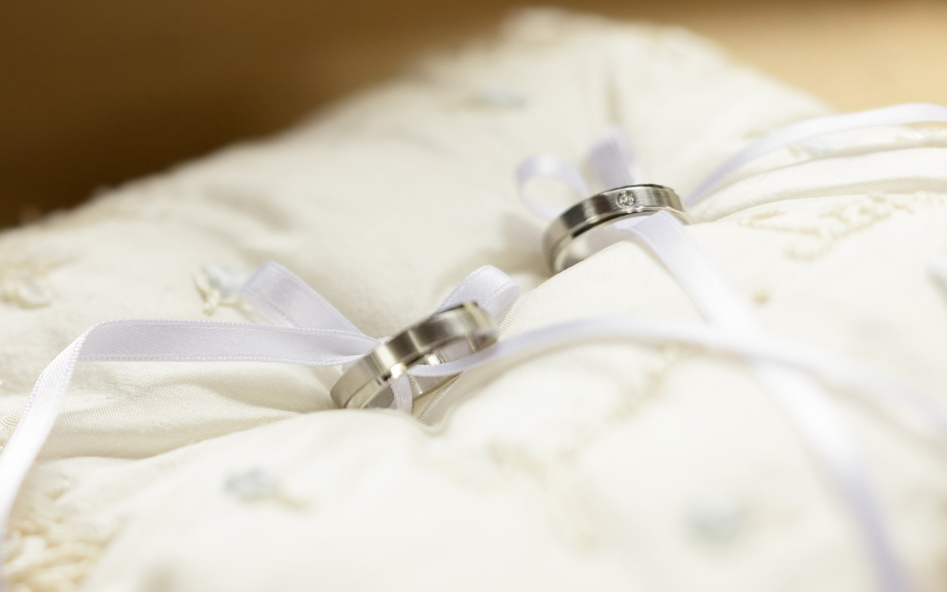 Wedding Rings Wallpaper Couple HD Šta to niste znali o prstenju
