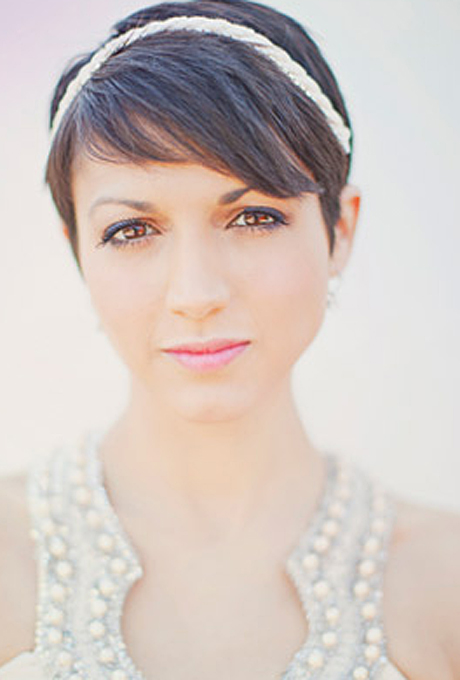 romantic glamorous sophisticated short hair wedding hair 05 Frizure za venčanje: Mlade sa kratkom kosom