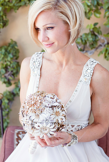 romantic glamorous sophisticated short hair wedding hair 07 Frizure za venčanje: Mlade sa kratkom kosom