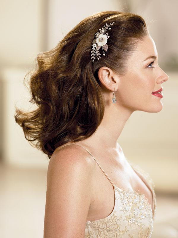 wedding hairstyles down 3 Frizure za šik mlade